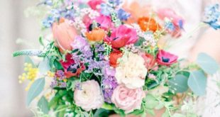 34 Summer Wedding Bouquets
