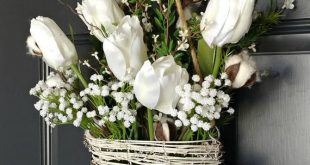 Cotton Wreath,Farmhouse Wall Decor,Tulip Wreath,Front Door Basket,Rustic Decor,Mothers Day,Wreath Alternative,Flower Basket ,Etsy Wreaths